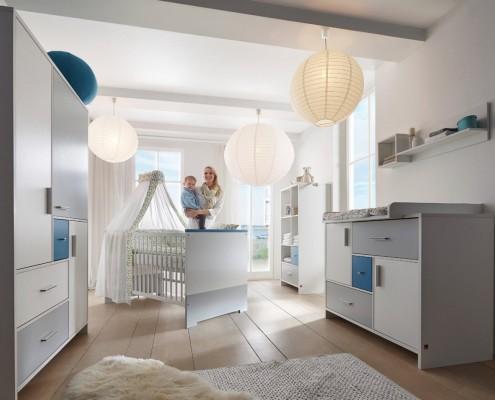 Kinderzimmer-Candy-Blue_2.jpg