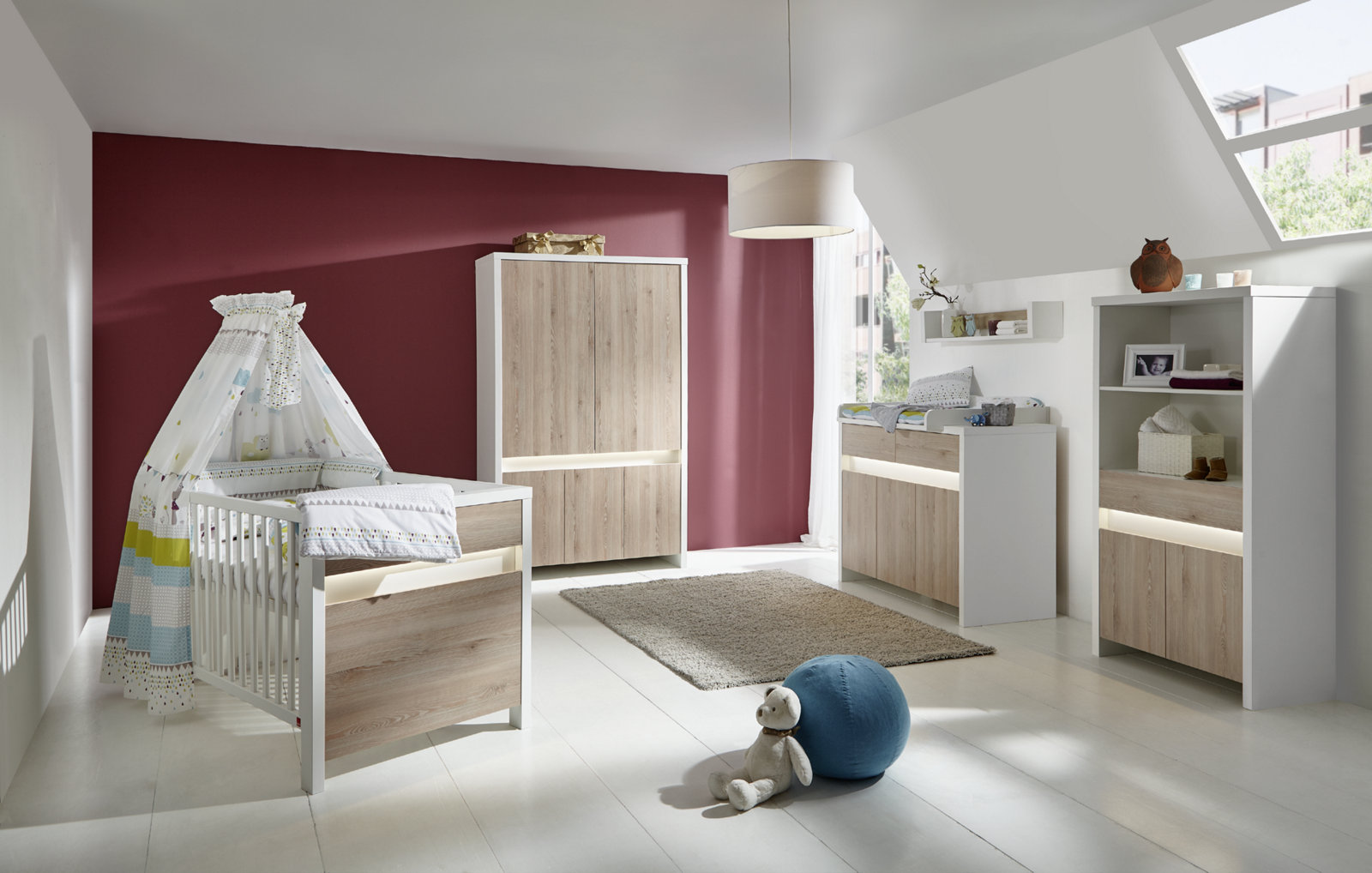 schardt gmbh co kg kinderzimmer planet pinie. Black Bedroom Furniture Sets. Home Design Ideas