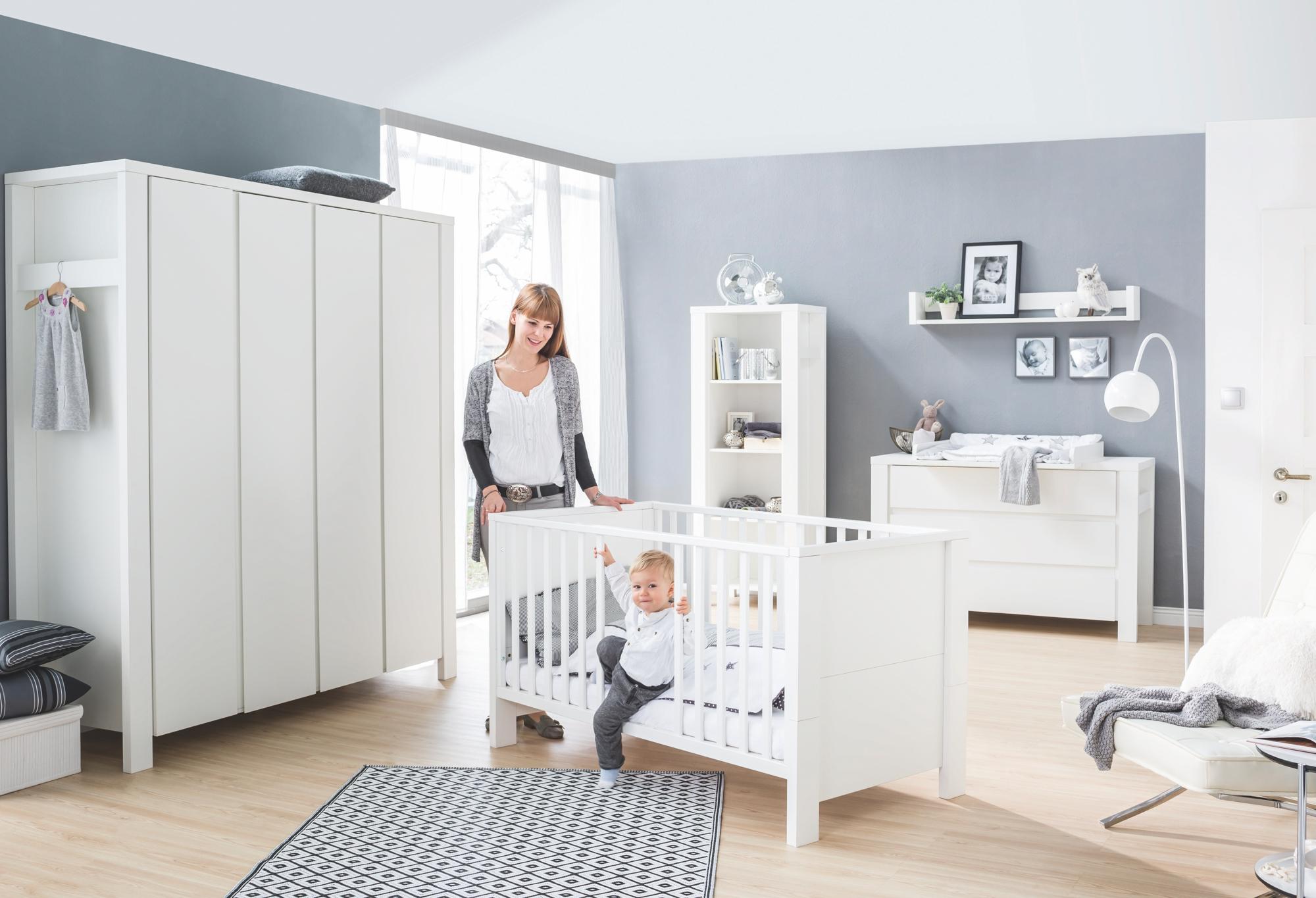 mit schrank fabulous hochbett schrank erstaunlich. Black Bedroom Furniture Sets. Home Design Ideas